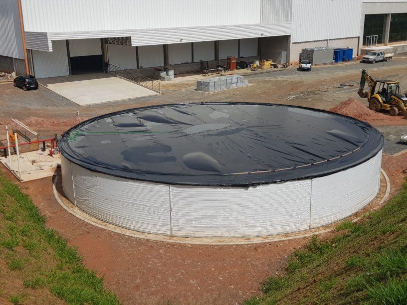 Reservatório para Indústria com tampa - Megatanque Recolast